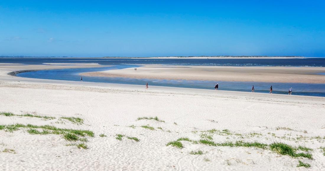 Langeoog | ...im Westen der Insel,  am Horizont die Nachbarinsel Baltrum
